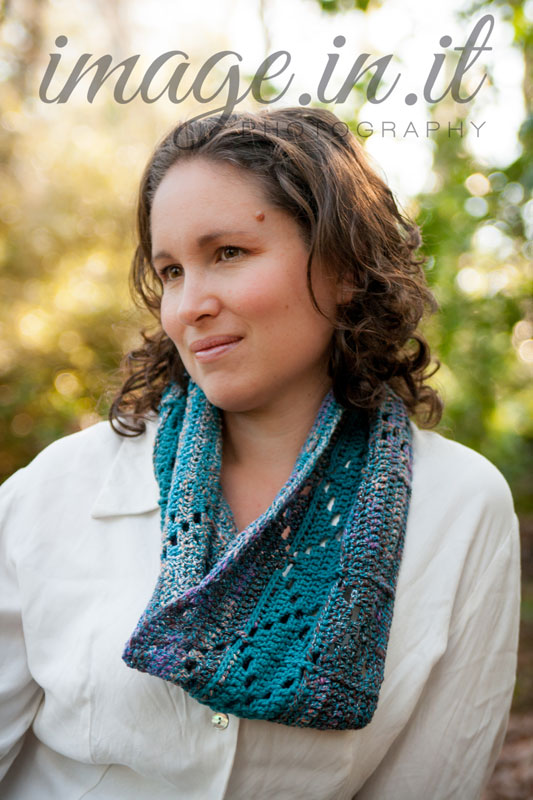 free-crochet-pattern-for-infinity-scarf